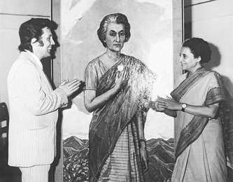 Ilya Glazunov and Indira Gandhi at the Painted  Portrait. Delhi