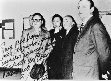 President of Chile Salvador Allende at the exhibition of Ilya Glazunov. Chile